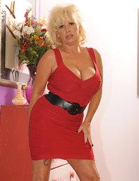 Joanne Storm