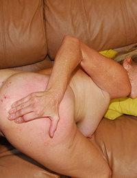 Ariel porno esposa en lenceria