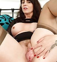 huge mature pussy
